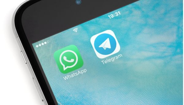 "WhatsApp și Telegram vulnerabile la ""media file jacking"""